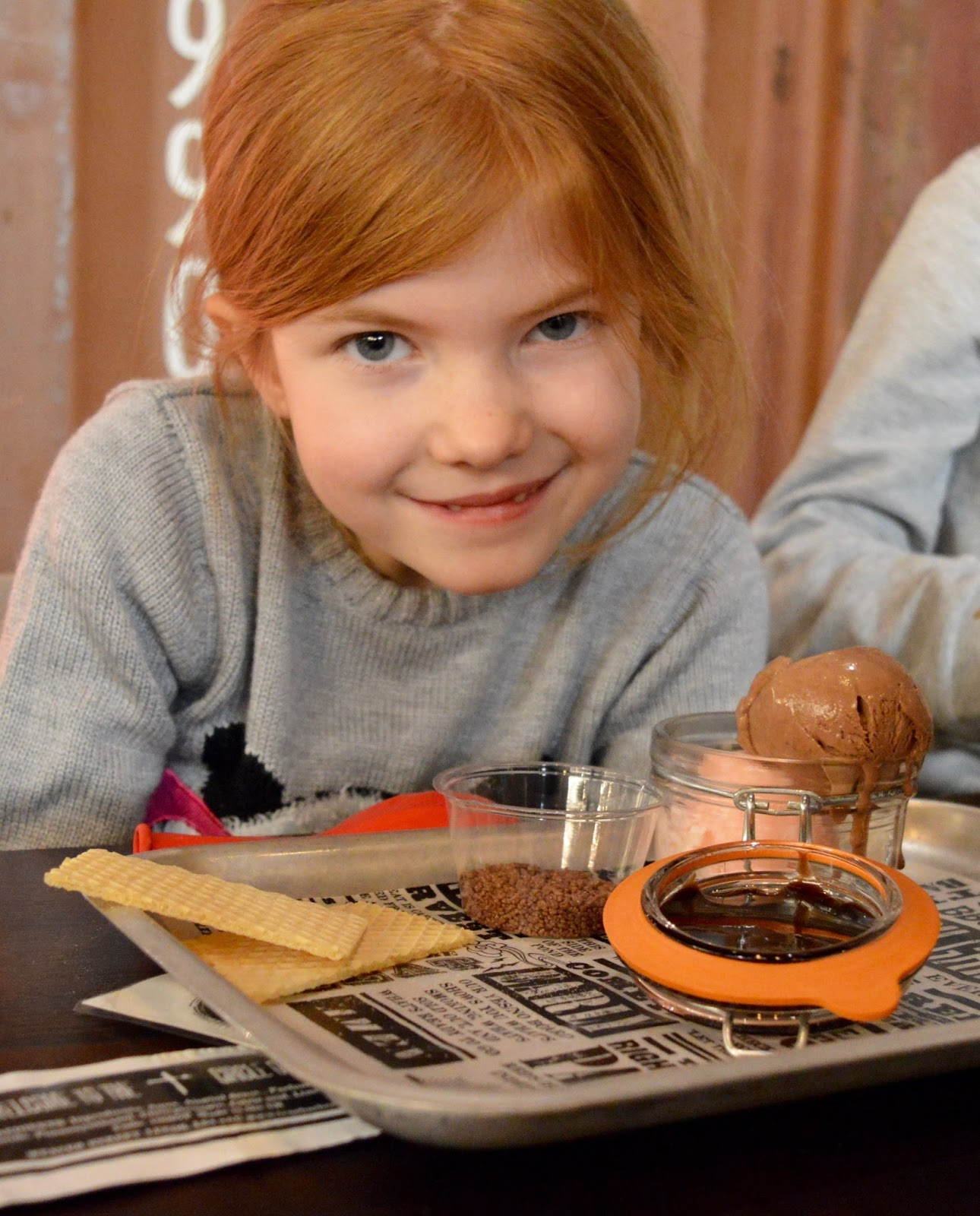 Red's True BBQ Newcastle | Menu Review (including Children's Menu) - kids create your own ice cream sundae with chocolate popping candy