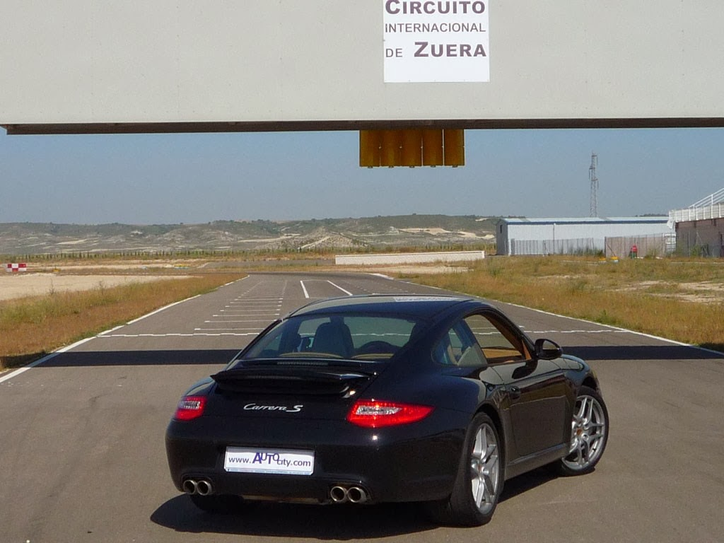 2014 porsche 911 carrera s overview prices features wallpapers. Black Bedroom Furniture Sets. Home Design Ideas