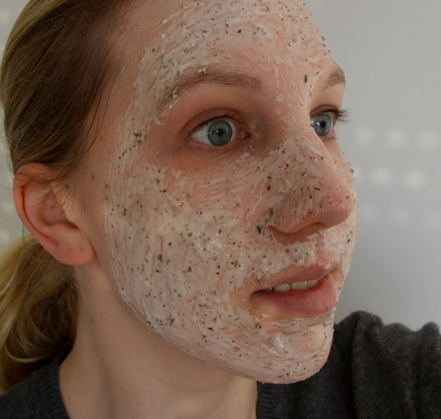 Anwendung Schaebens Professional Müsli Mousse Maske