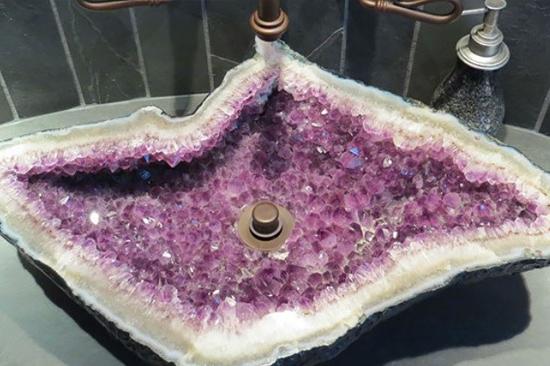 Pias de banheiro mais bizarras - Pia de cristais