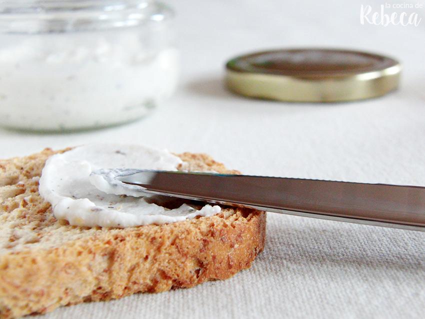 La cocina de rebeca queso de untar casero con hierbas - Postres con queso de untar ...
