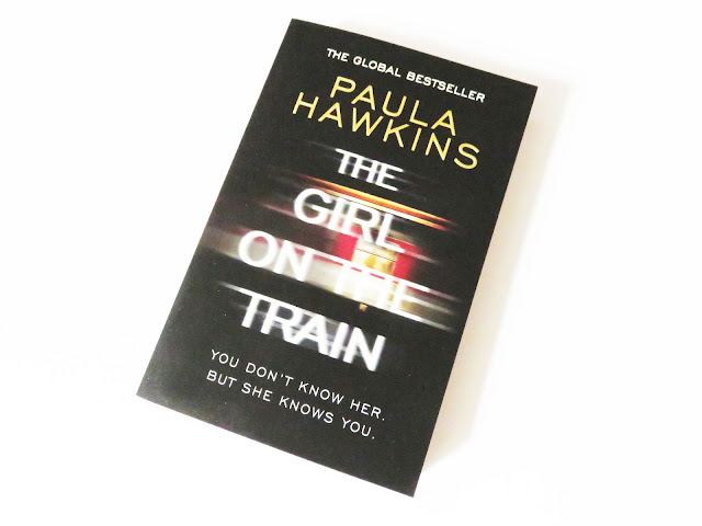 The girl on the train, book, book cover