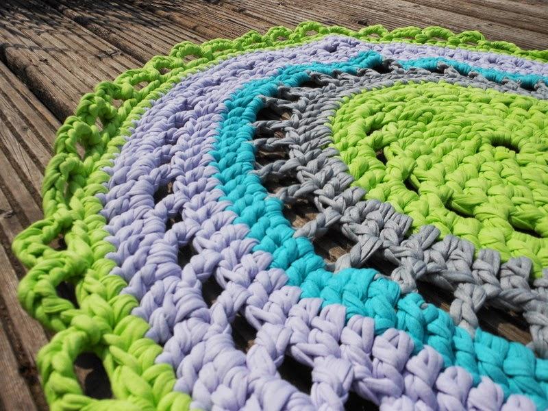 Fie bakt haakt en breit tapijt voor de oudste - Tapijt voor volwassen kamer ...