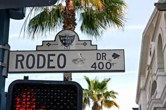 Rua Rodeo Drive em Los Angeles na Califórnia