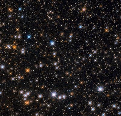 Cúmulo de estrellas abierto M11 por el Hubble