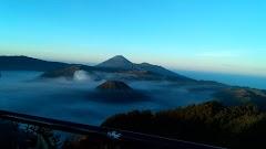 Berburu Sunrise Di Gunung Bromo