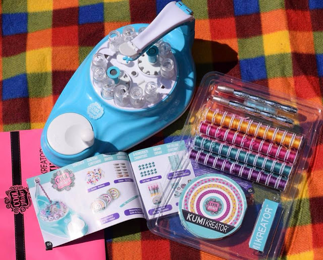 What's in the box - kumikreator friendship bracelet maker from cool create