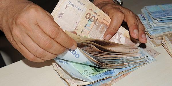 الحكومة تقرر الشروع في تفعيل الزيادة في التعويضات العائلية