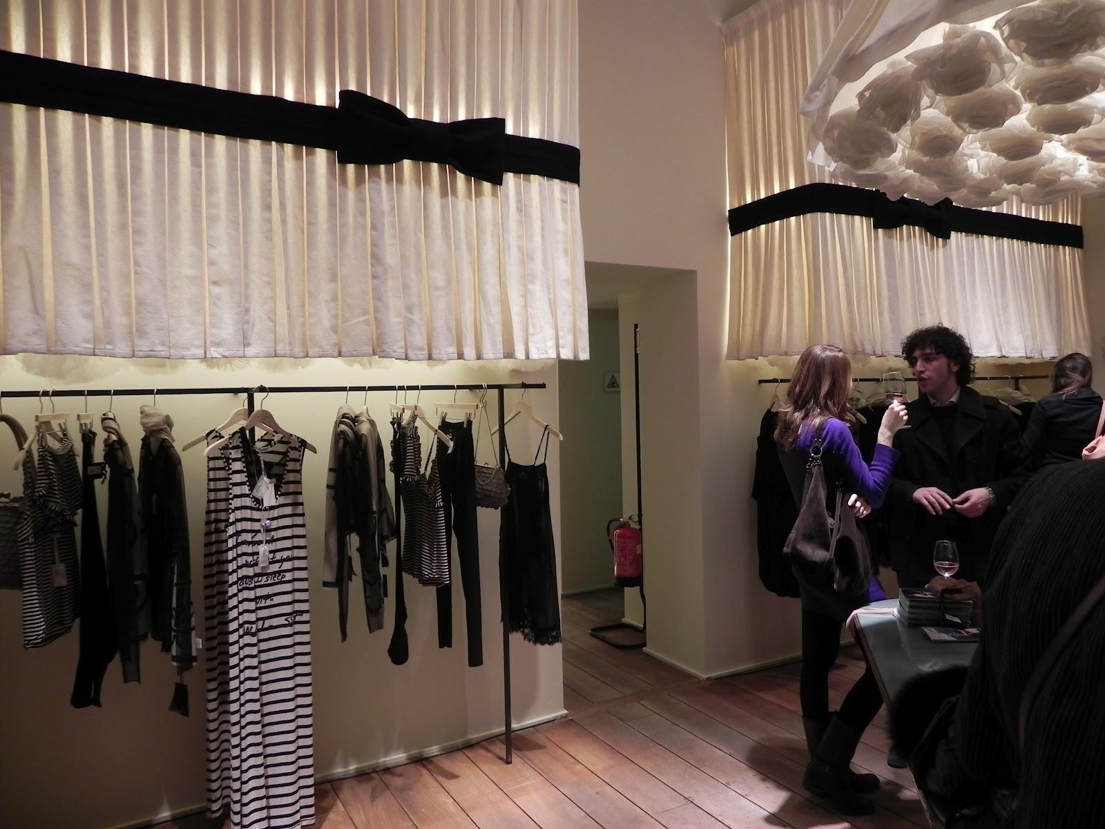 huge selection of 4bc59 51642 Boutique TRICOT: All' innaugurazione negozio TWIN-SET Milano