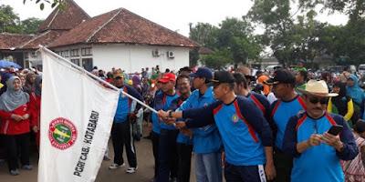 Meriahnya HUT PGRI ke 72 di Kota Baru Karawang