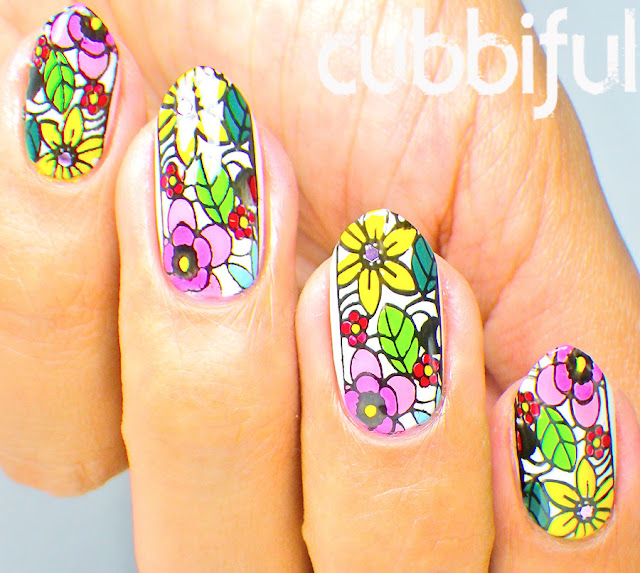 Cute Floral Nails