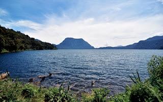 tempat wisata di jambi danau gunung tujuh