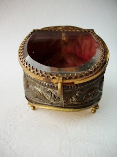 trinket box, jewelry box, antique, collection, collector, vintage