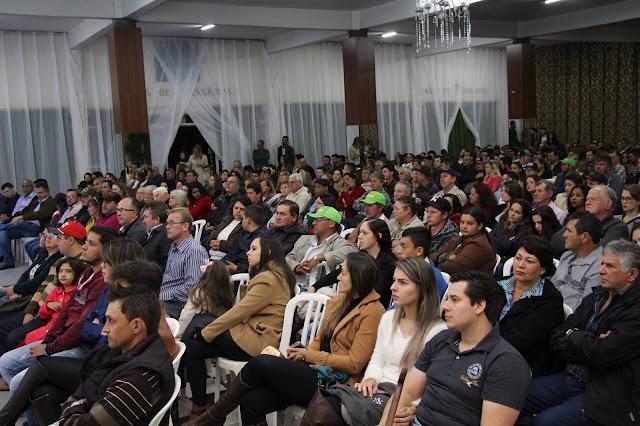 Mais de 500 pessoas participaram da reunião de prestação de contas do Sicredi