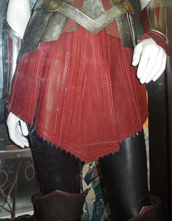Sif costume detail Thor 2