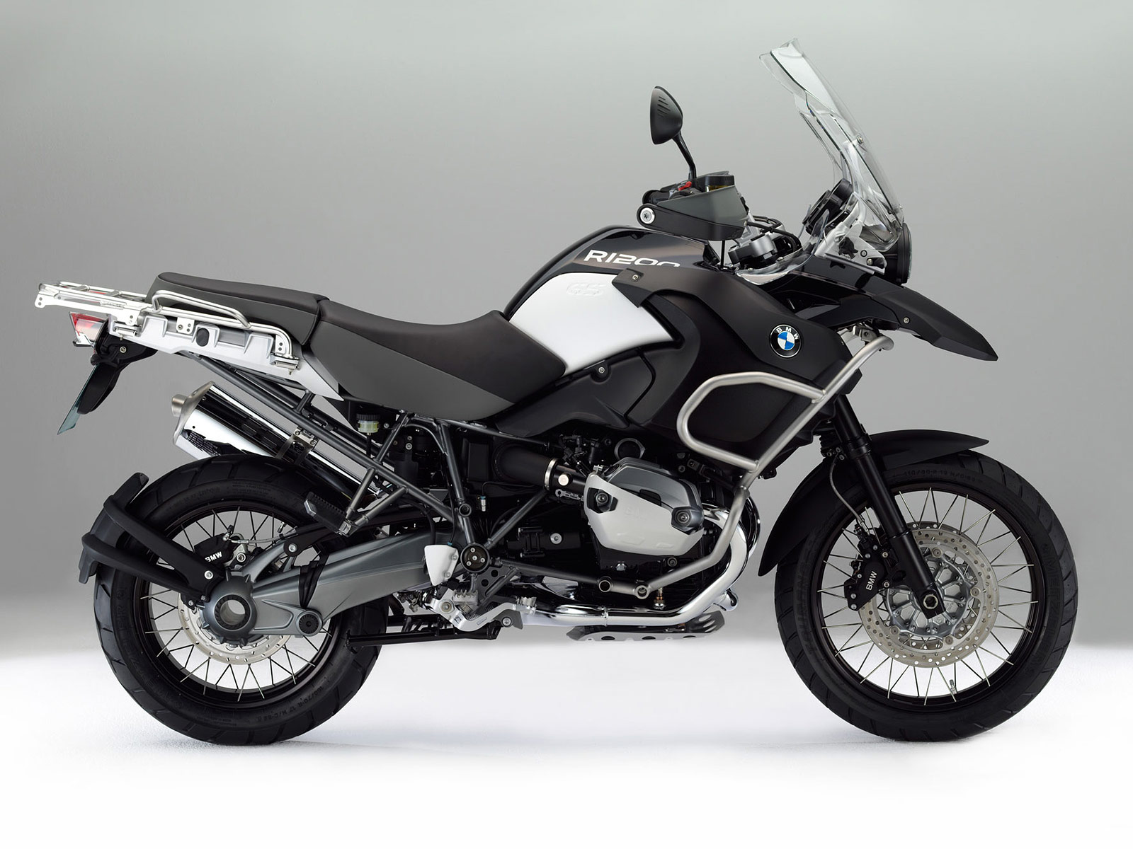 http://3.bp.blogspot.com/-b5ntLNLj7WQ/TouSg7wTwnI/AAAAAAAAFBo/UeaTuK48y48/s1600/2012_BMW_R1200GS_Adventure_Triple_Black_desktop-wallpapers_2.jpg
