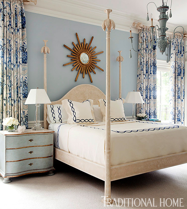 Beautiful Blue Bedrooms: The Pink Pagoda: Blue And White Monday