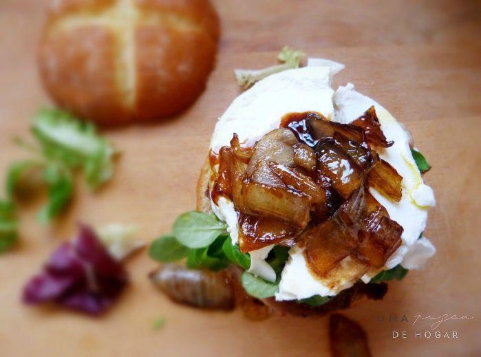Cómo hacer hamburguesas caseras- Con cebolla caramelizada y queso de cabra