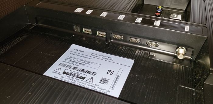 Samsung Ru7400 entradas disponibles