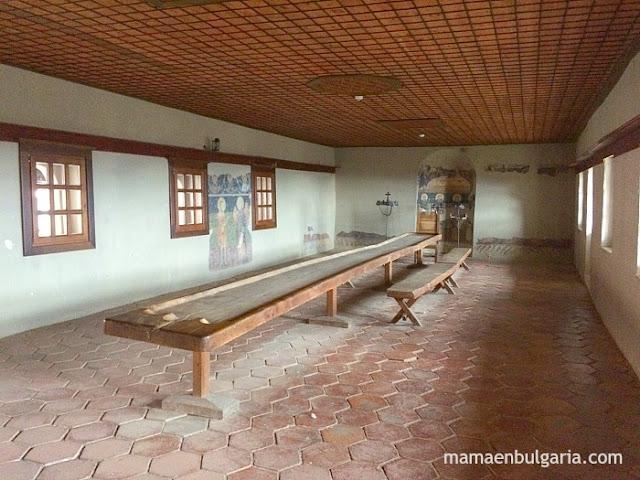 El refectorio monasterio de Rozhen Bulgaria