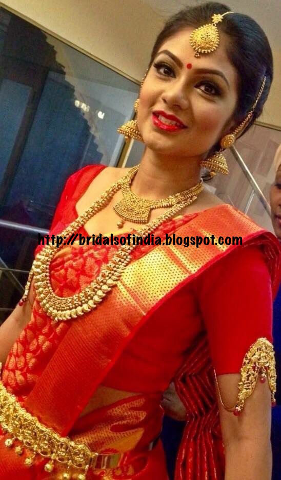 Fashion World South Indian Bride In Classic Red Silk Kanchipuram Saree And Bridal Jewelery