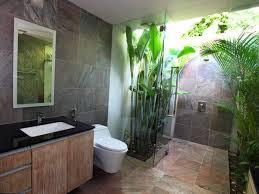 desain kamar mandi dengan ornamen batu alam, desain kamar mandi ukuran kecil dengan batu alam, desain interior kamar mandi dengan batu alam, contoh desain kamar mandi batu alam