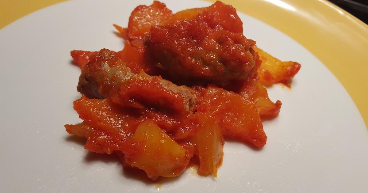 PEPERONI E SALSICCIA in Salsa di Pomodoro