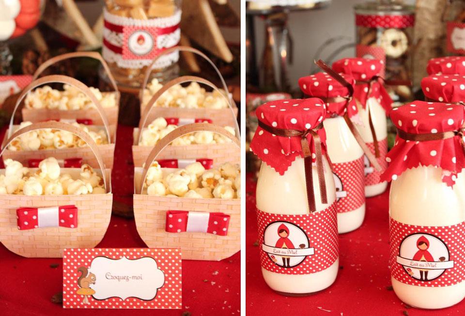 Pop corn dans paniers en papier et bouteilles de lait