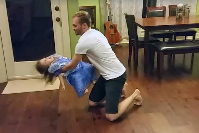 Μπαμπάς χορεύει για πρώτη φορά με την κόρη του και συγκινεί το διαδίκτυο (video)