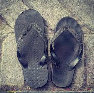 hukum sandal tertukar
