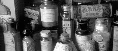Embaces antiguos que contienen drogas utilizadas en terapéutica medica