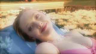 Amanda Seyfried Bikini - Bikini Photos