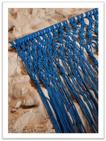 Met Zpagettig geknoopt vliegengordijn