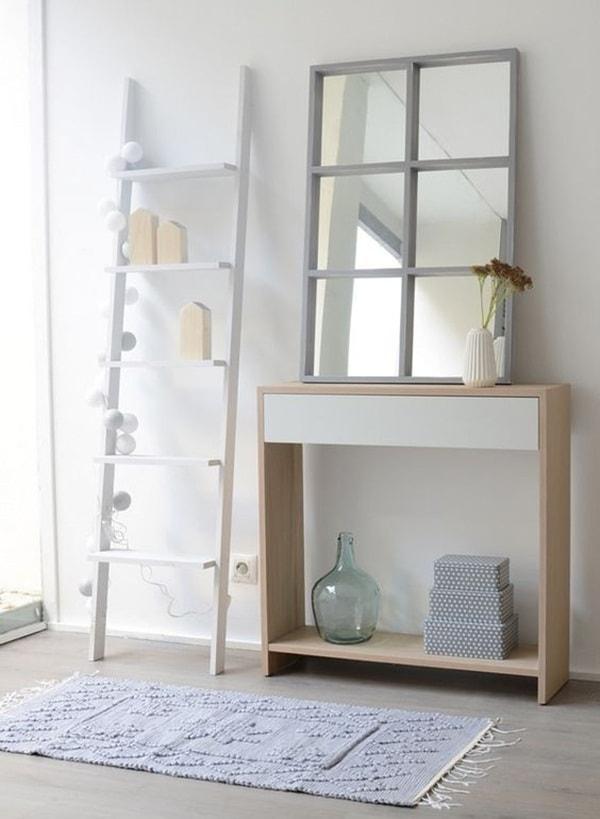 Διακόσμηση με παλιές σκάλες