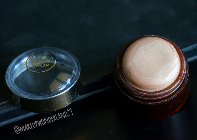 The body shop Dôme Lumière Joues HONEY BRONZE™ 01 | Makeupwonderland29