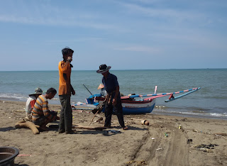 Maelo Pukek, Tradisi, Nelayan, Padang