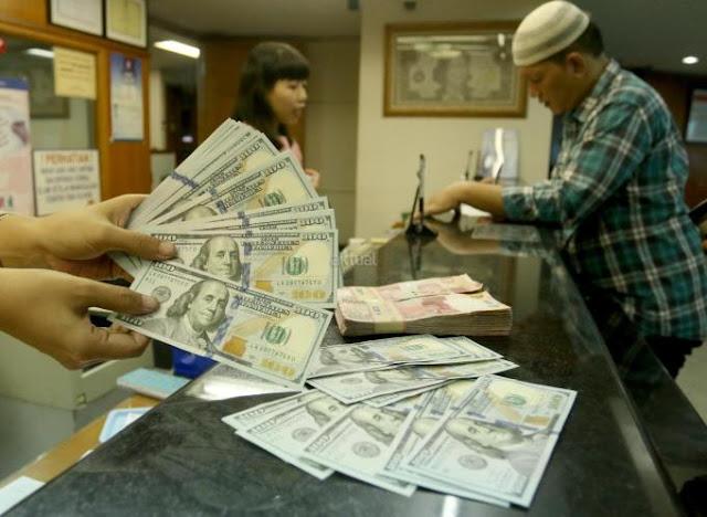 Akibat Nilai Rupiah Merosot, Biaya Umroh dan Haji Makin Mahal