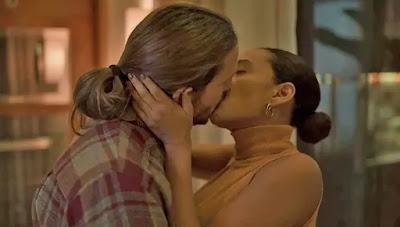 Davi (Vladimir Brichta) e Vitória (Taís Araujo) têm recaída em 'Amor de Mãe' — Foto: Globo
