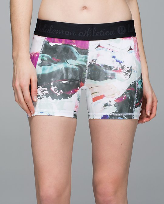 lululemon-pigment-wave-mutlti what-the-sport-short