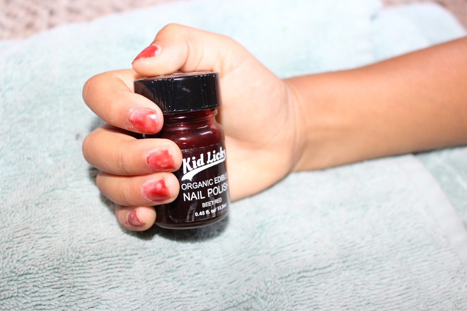 Kid Licks, Edible Nail polish, Review