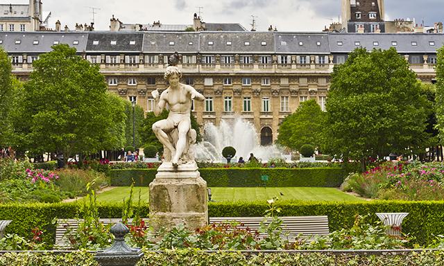 Jardins du Palais Royal em Paris