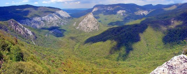 Лучший маршрут по Крыму - Вид с горы Аю-Тешик