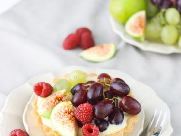 Crostatine ai frutti d'autunno con crema al mascarpone
