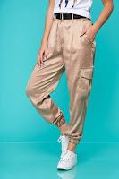 Pantaloni SunShine crem casual conici din satin cu buzunare