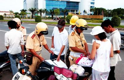 Xử phạt vi phạm giao thông đường bộ