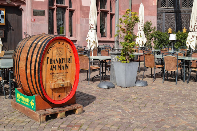 Frankfurt Old Town Details