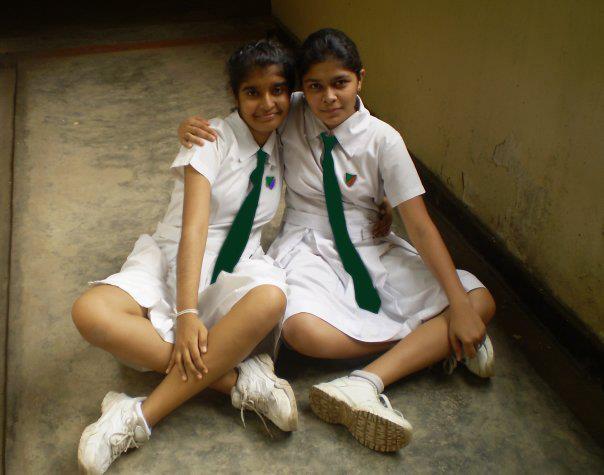 Sri lankan school girls naked pic, hot tub nude scenes
