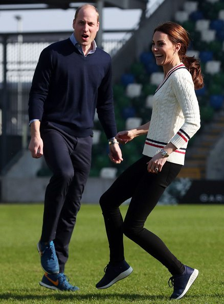 Kate Middleton is wearing the Barbour Longshore jacket.New Balance fresh foam cruz trainers