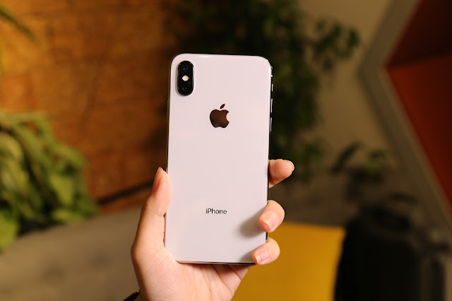 thay-mat-sau-iPhone-X