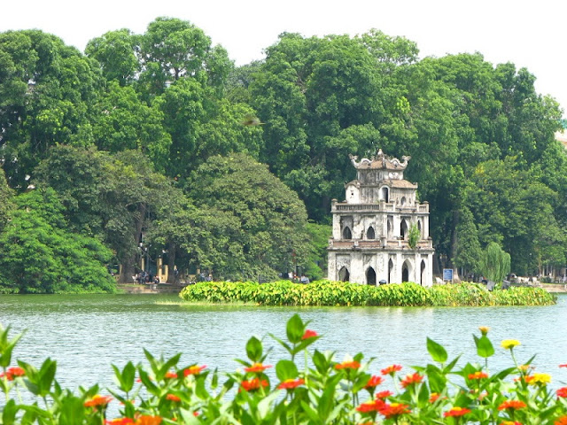 What city in Vietnam will be an ideal travel destination for you? 1